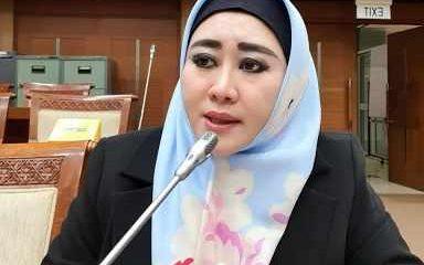 Pegawai KPK Ditanyai Jilbab dalam Tes Alih ASN, DPR: Aneh dan Terlalu Dibikin-bikin