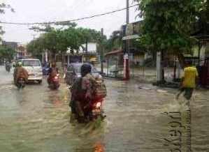 Akibat Hujan Deras, Sejumlah Wilayah di Tanjungpinang Dilanda Banjir