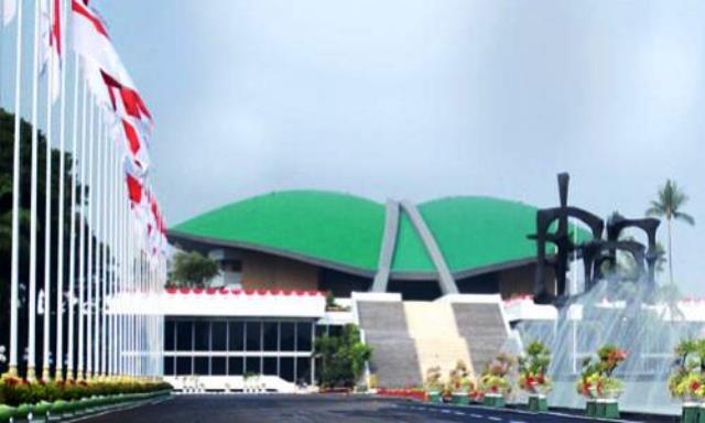 Wih! Sekjen Sediakan Hotel Khusus untuk Fasilitas Isoman Anggota DPR Positif Covid