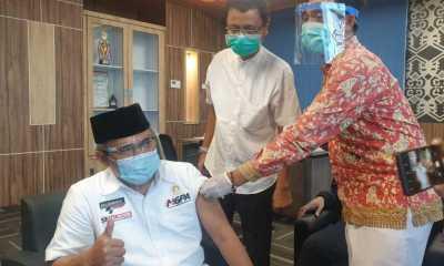 Sekda, ASN dan Wartawan Di Lombok Tengah Kompak Di Vaksin