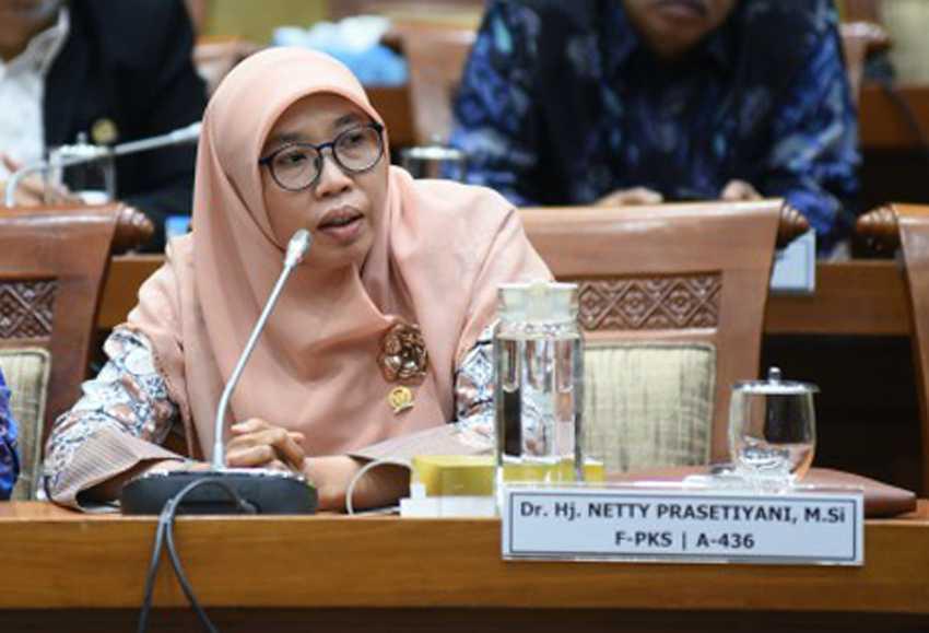 DPR Minta Pemerintah Siapkan Skenario Terpuruk Hadapi Varian Covid Baru yang Masuk Indonesia