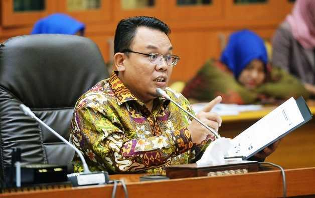 Kata Saleh, Laporan Risma ke KPK Bukti Data Kemiskinan Indonesia Masih Bermasalah
