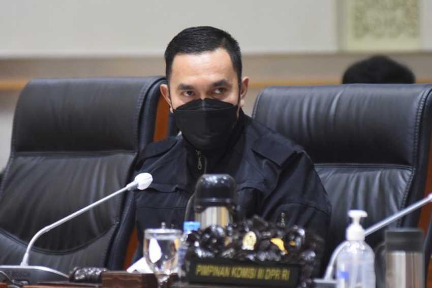 Legislator NasDem Sarankan Sidang Habib Rizieq Kembali Digelar Online