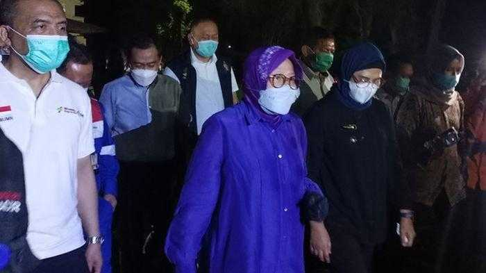 Mensos Risma Beri Santunan ke Ahli Waris Anggota Brimob yang Gugur Dalam Operasi Nemangkawi Papua