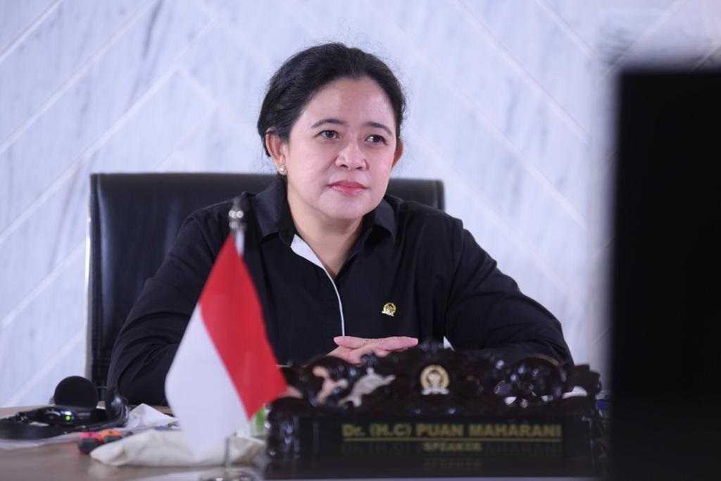 Puan Minta TNI Analisis Penyebab Hilang Kontaknya Kapal Selam KRI Nanggala-402