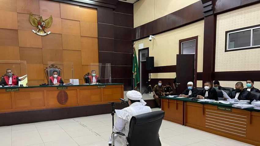 Sidang Kasus Kerumunan di Petamburan, Eksepsi Rizieq Ditolak Hakim