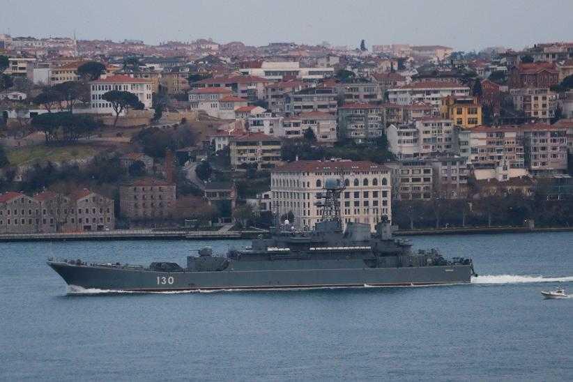 Semakin Memanas Puluhan Kapal Perang Rusia Dikerahkan ke Laut Hitam