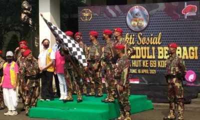 Kopassus bersama Lions Clubs Indonesia dan PPLIP Sebar Ribuan Paket untuk Warga