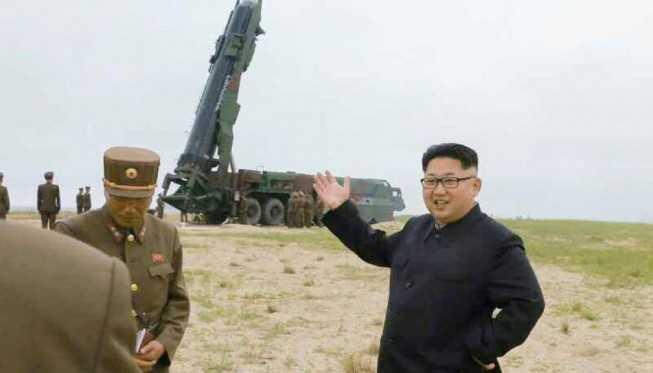 Kim Jong-un Minta Militernya Pastikan Rudal Nuklir Korea Utara Siap Tempur