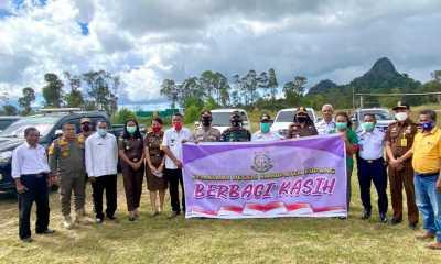 Berbagi Kasih, Kejari Kabupaten Kupang Suplay Dua Ton Beras