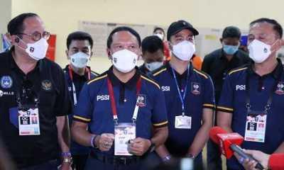 Menpora Bangga Terhadap Suporter Sepak Bola Indonesia Yang Menaati Imbauan Menonton Dirumah