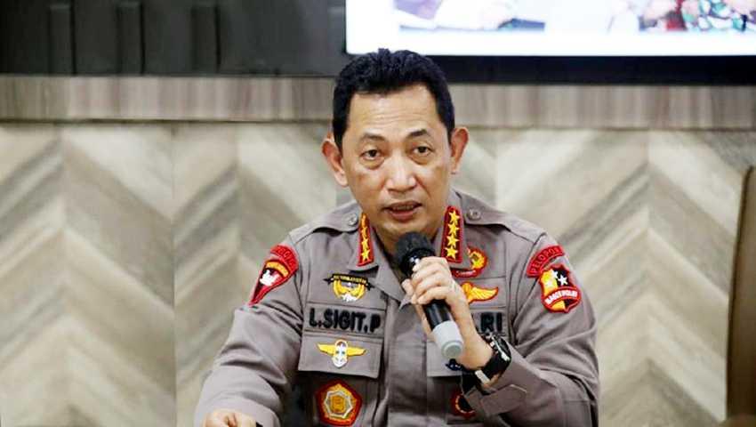 Kapolri Ingatkan Jajarannya Cek Vaksinasi dan Tes PCR Wisman di Bali