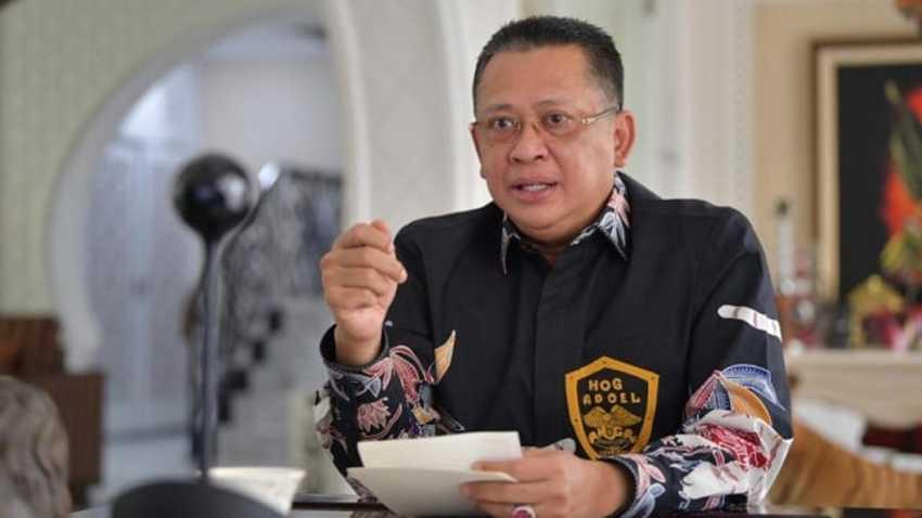 Datangi Istana, Pengurus IMI Perkenalkan Ketua Umum Bambang Soesatyo ke Jokowi