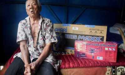 Dedi Mulyadi Belikan TV Untuk Abah Sarji Bobotoh Persib Berusia 102 Tahun