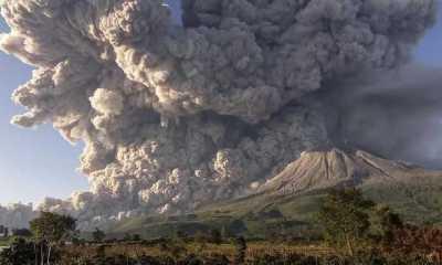 Gunung Sinabung Kembali Meletus, Kali ini Semburkan Material Vulkanik hingga Ketinggian 1,5 Km
