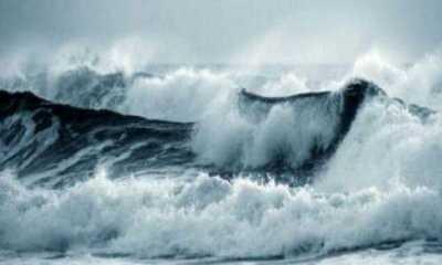 BMKG Minta Waspada Gelombang Laut Setinggi 6 Meter Landa Perairan Sumut-Sumbar