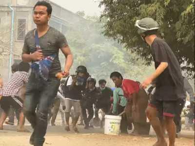 Tentara Myanmar Serbu Markas Pendemo Anti-junta, Delapan Tewas