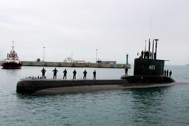5 KRI dan Satu Helikopter Dikerahkan Untuk Pencarian Kapal Selam KRI Nanggala-402