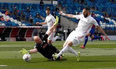 Gasak Eibar, Real Madrid Geser Posisi Barcelona