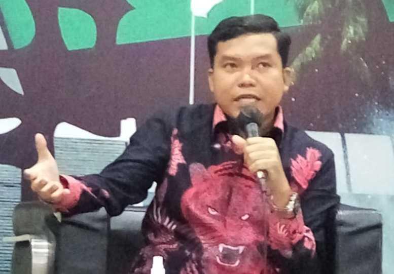 Sindir Ngabalin, Pangi: Jadwal Reshuffle Hanya Jokowi dan Tuhan yang Tahu