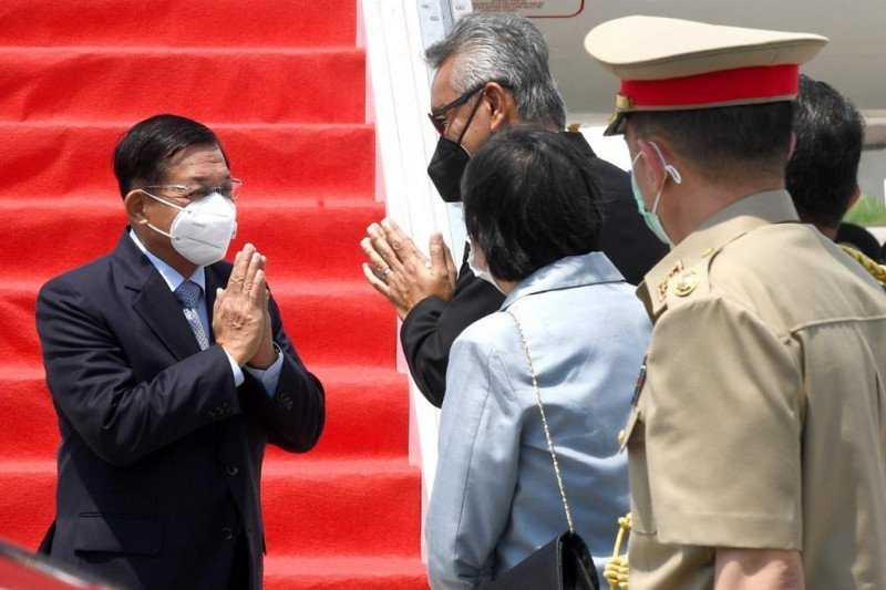 Setibanya di Indonesia, Panglima Militer Myanmar Jalani PCR Swab Test