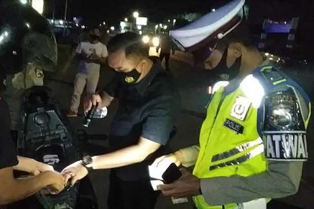 Polisi Gelar Operasi Razia Kendaraan di Jalan Lintas Timur Sumatera