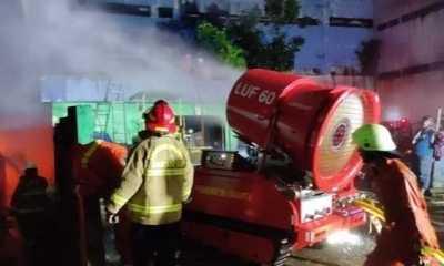 Kebakaran Pasar Inpres Pasming, Robot Pemadam LUF-60 Ikut Dikerahkan