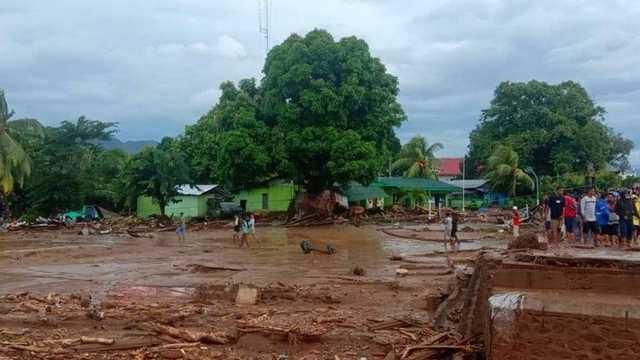 BNPB: Masyarakat NTT Anggap Gejala Siklon Seroja sebagai Angin Kencang Biasa
