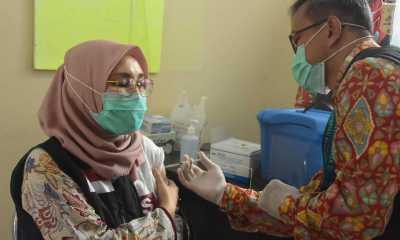 Target Vaksinasi Lansia Tembus Tujuh Puluh Persen Di NTB