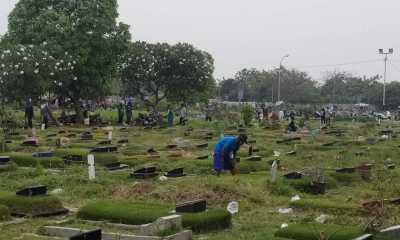 Komplek Pemakaman Di Kota Tangerang Di Gembok, Peziarah Terobos Lewat jalur Tikus