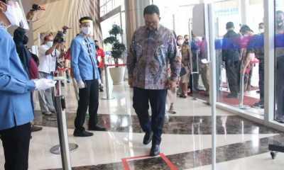 Fadli Zon Pertanyakan Kebijakan Anies Baswedan Yang Melarang Ziarah Kemakam Sementara Mall dan Ragunan Dibuka