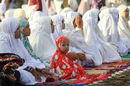 Ketua Dewan Mesjid Indonesia : Zona Merah di DKI Jakarta Salat Id di Rumah Saja