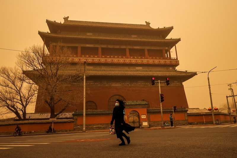 Dianggap Fenomena Langka, Beijing Dilanda Angin Kencang Bercampur Debu