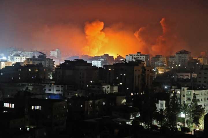 Israel Bom Rumah Pimpinan Hamas, 4 Orang Tewas