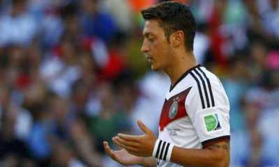 Mesut Ozil Kirim Doa ke Rakyat Palestina