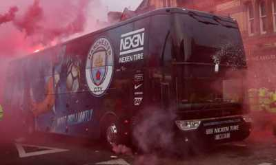 Suporter MU Protes Lagi, Bus Liverpool Menuju Old Trafford Dicegat