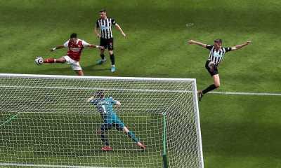 Arsenal Menang 2-0 di Kandang Newcastle United