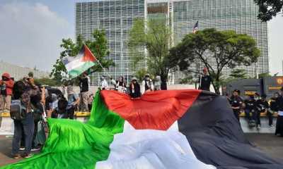 Geruduk Kedubes AS, Ribuan Massa Aksi Bela Palestina Bawa 8 Tuntutan