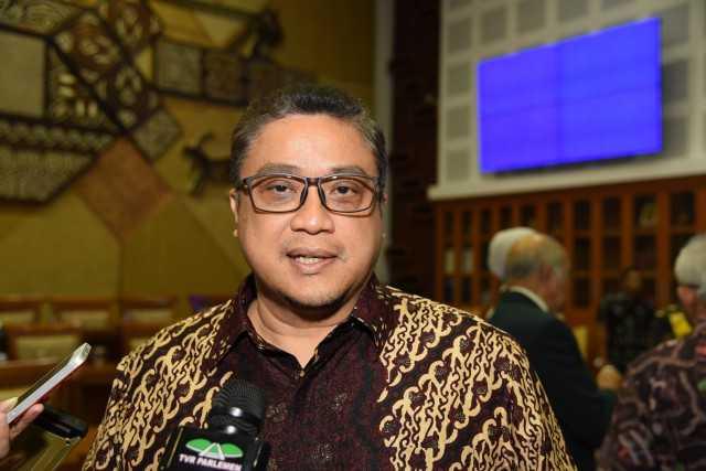 SKB 3 Menteri Dicabut, Dede Yusuf: Ikuti Putusan MA