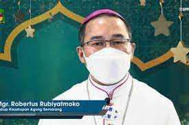 Uskup Agung Semarang R Rubiyatmoko: Idul Fitri bawa suka cita manusia