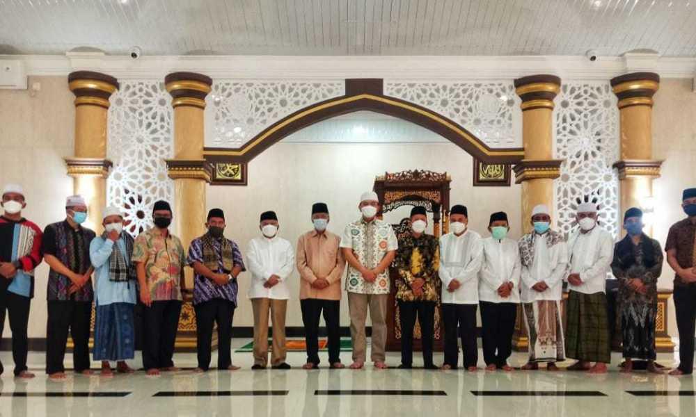 Momen Idul Fitri, Kapolda NTB Menerima Kunjungan Silaturrahim Tokoh Agama