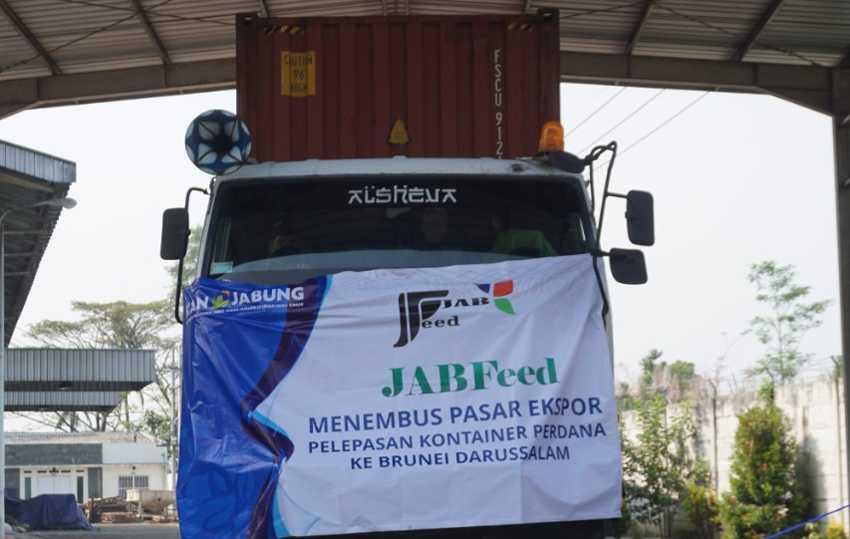 Produk Pakan Ternak Milik Koperasi Mampu Ekspor ke Brunei