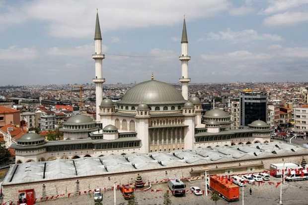 Usai Resmikan Mesjid Pertama di Taksim Square, Istanbul, Erdogan Dituduh Ingin 'Islamkan' Turki