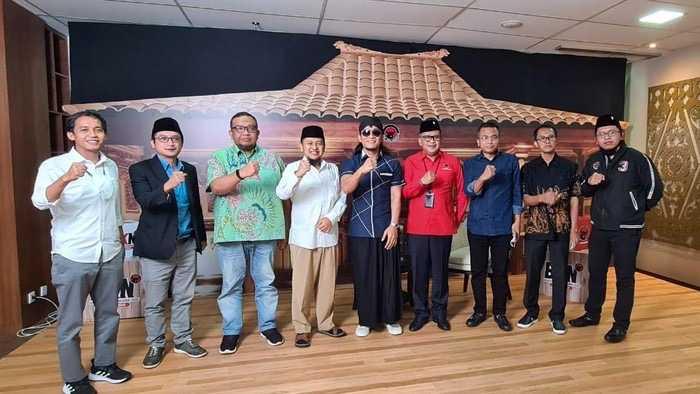 Ada Apa Para Sekjen Parpol Pendukung Jokowi Kumpul di Markas DPP PDIP