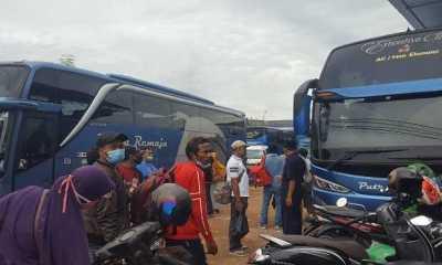 Walau Harga Tiket Melambung , Hari Ini Pemudik Padati Loket Bus di Terminal Jambi