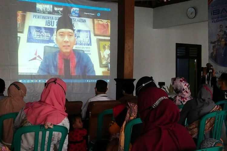 Ibas Salurkan Program Bantuan Makanan Pengganti ASI di Jawa Timur