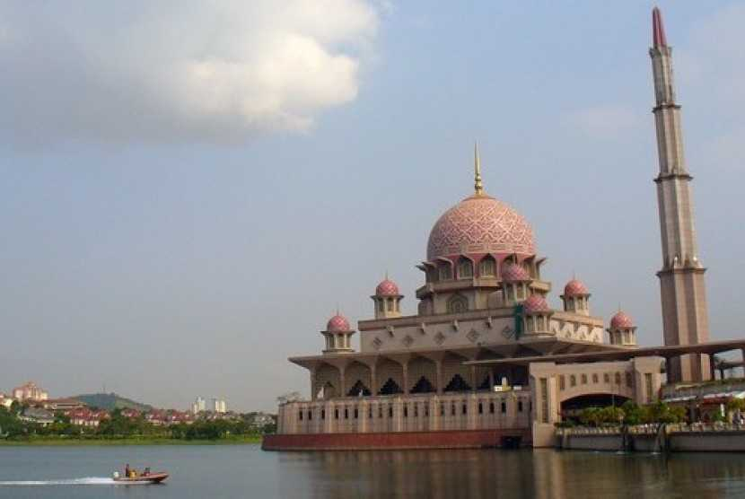 Komunitas WNI Ingin Dirikan Masjid Indonesia di Malaysia