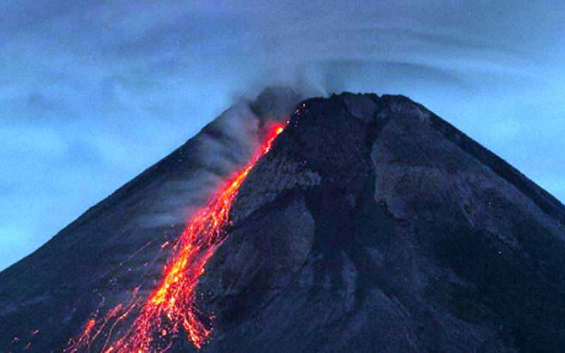 Dalam Sepekan, Merapi 60 Kali Meluncurkan Guguran Lava