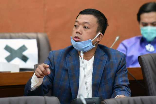 Nusron Wahid: Holding BUMN UMi Bantu Wong Kecil, yang Tolak Itu Antek Rentenir