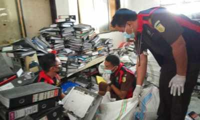 Jaksa Geledah Kantor DPMD Kabupaten Manggarai